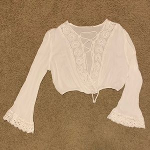 Cropped boho laced LS top